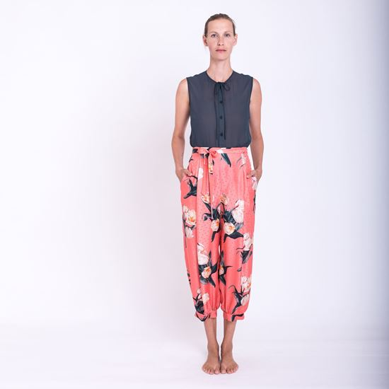 Picture of Silk flower print pants