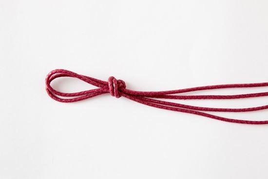 Picture of Bordeaux laces