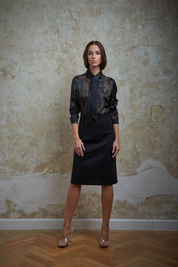 Picture of Silk blouse with ribbon
