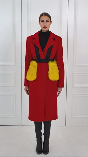 Obrázek z Červený vlněný kabát