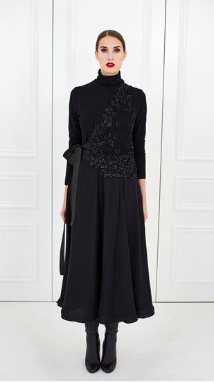 Obrázek z Černá hedvábná kolová sukně
