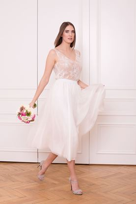 Picture of White layered chiffon skirt