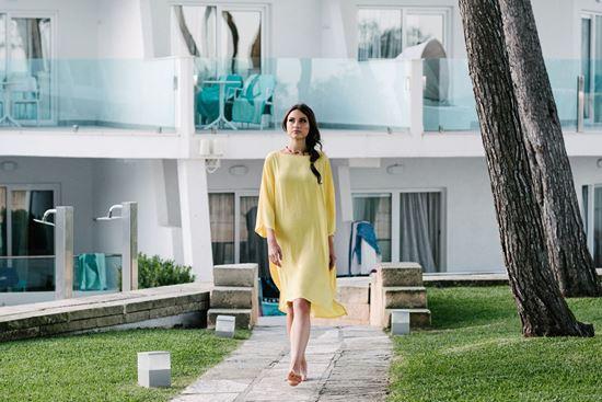 Obrázek z Oversize šaty s páskem