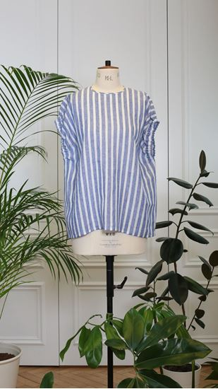 Picture of Blue-white-striped top with application